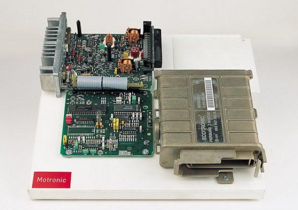 electronic control unit (MOTRONIC)