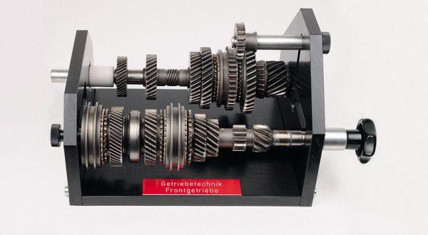 Funktionsmodell: Getriebetechnik Fünfgang Frontgetriebe