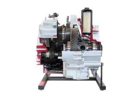 Seven-speed direct shift transmission with wet clutch (VW)