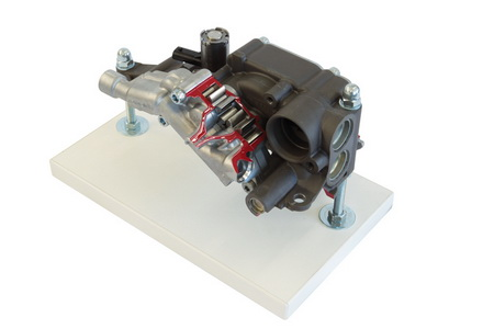 Bedarfsgesteuerte Ölpumpe mit Saugstufe (V8)